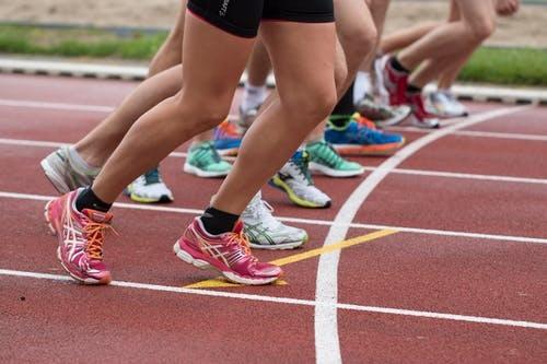 Un joven pontevedrés con parálisis cerebral participará en el  XIII Medio Maratón Gran Bahía de Vigo
