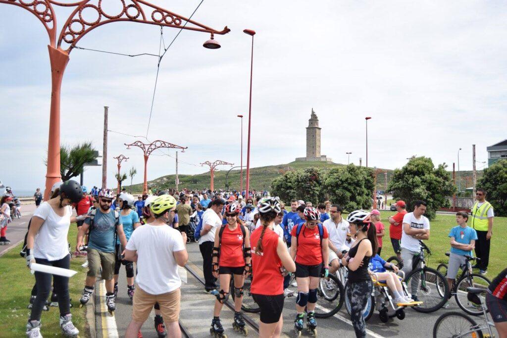 Cerca de 700 personas marchan en A Coruña para sensibilizar sobre la parálisis cerebral