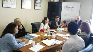 El Conselleiro de Sanidad visitó la sede de Federación ASPACE-Galicia para conocer las necesidades de las personas con parálisis cerebral