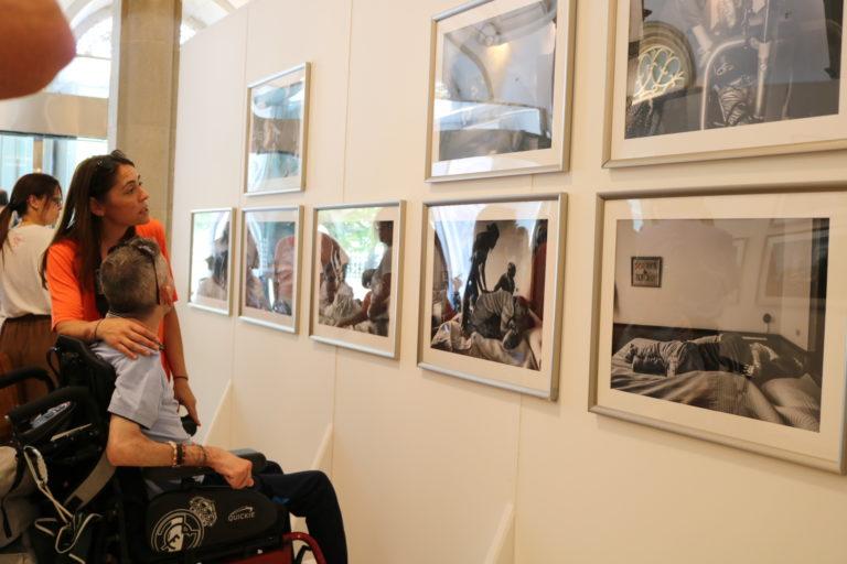 Inaugurada la Exposición Itinerante de Fotografía deConfederación Aspace «Tal día coma hoxe»