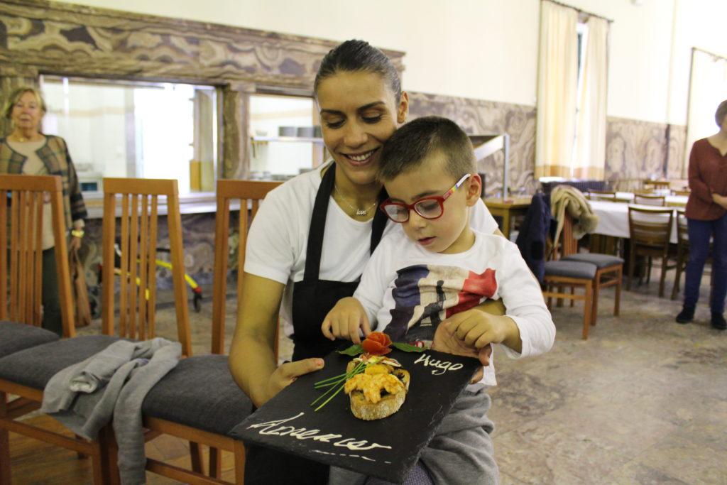 Madre e hijo ganan el concurso de cocina ASPACE